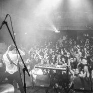 Garageland band set to top the album charts