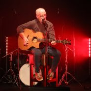 Gerry Hodgers at Lockdown Live On Tour